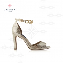 SANDAL WITH CHAIN