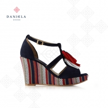 WEDGE SANDAL WITH ORNAMENTS
