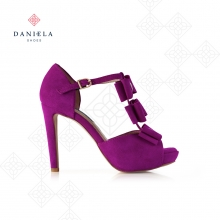 SUEDE SANDAL WITH BOWS
