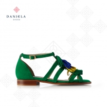 FLAT SANDAL WITH ORNAMENTS