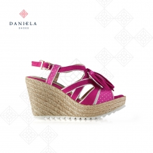 FABRIC SANDAL AND ORNAMENTS